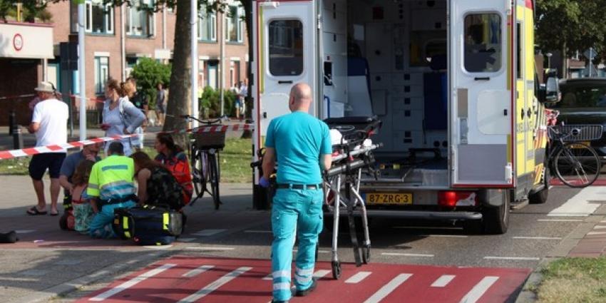 Scholiere op fiets aangereden