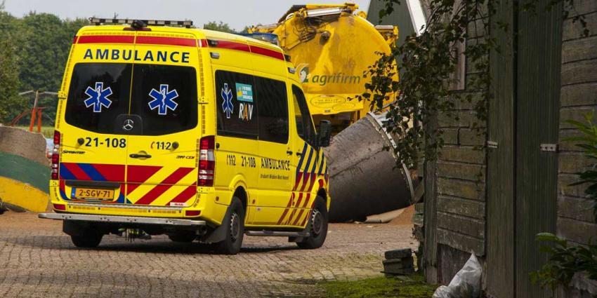 Man omgekomen onder omgevallen silo bij boerderij in Boxtel