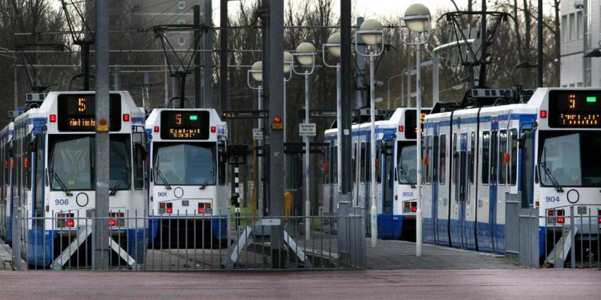 Metroverkeer Amsterdam opnieuw plat