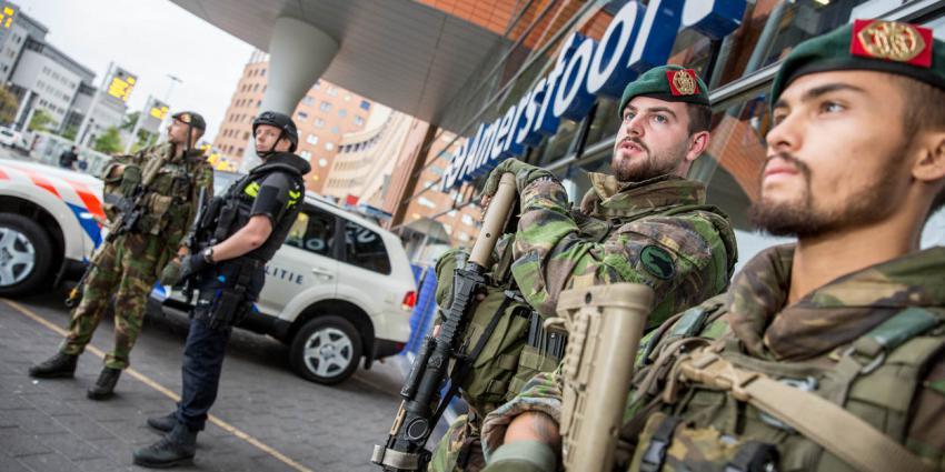 militair, politie, bewaking, station, amersfoort