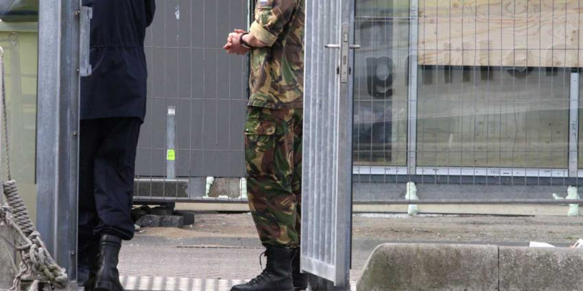 militair-hek-bewaken