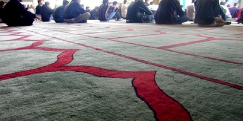Bouw mega-moskee Gouda van de baan