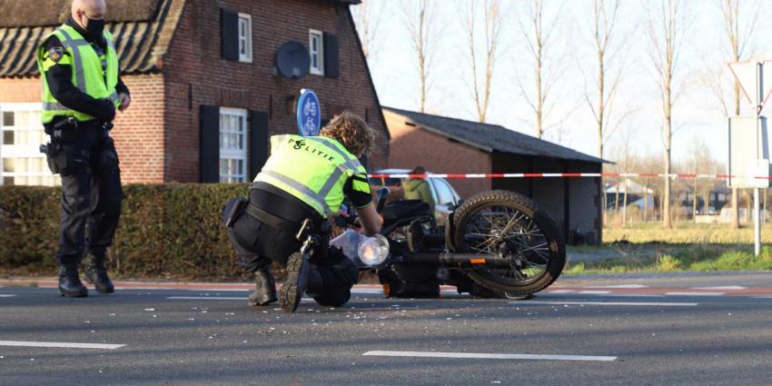 motor-aanrijding-gewond-politie