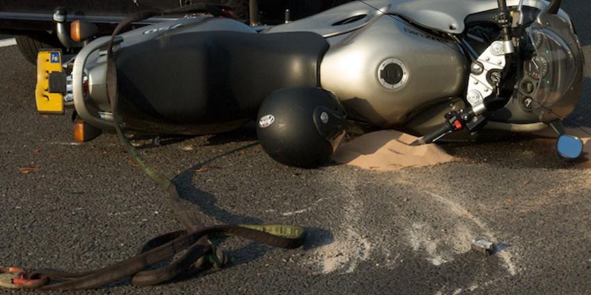Motorrijder overleden bij verkeersongeval Goesburg