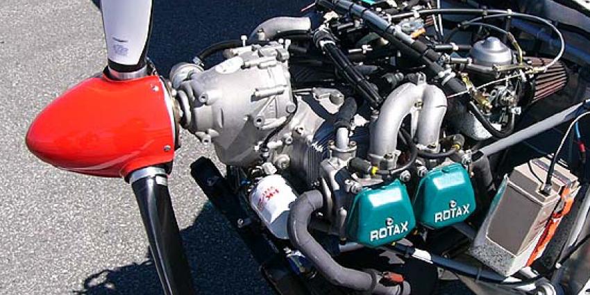 Rotax 912 Vliegtuigmotor gestolen uit hangar