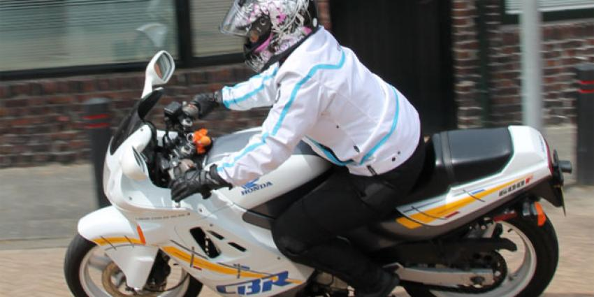 Politie neemt 7 rijbewijzen in