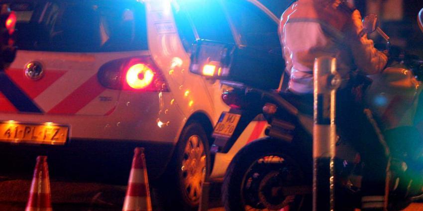 motoragent-politieauto-zwaailicht