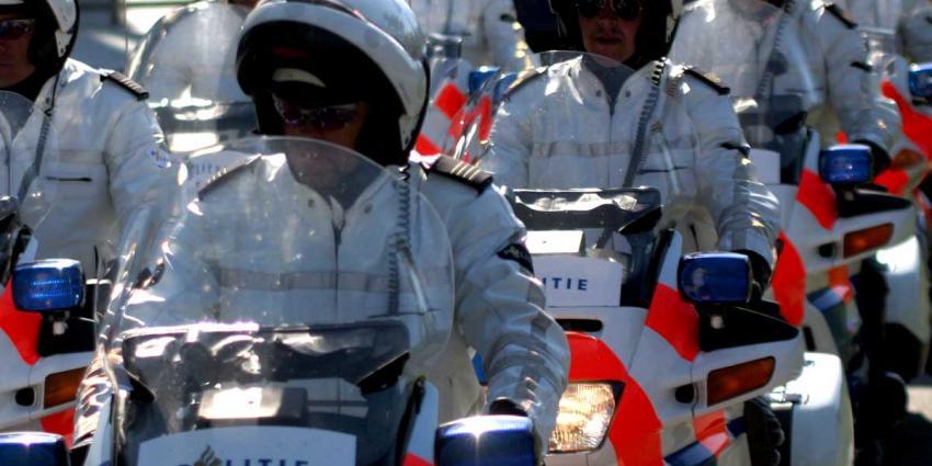 Uitvaart doodgeschoten agent Ferry Bakx live te volgen, verdachte vrijgelaten