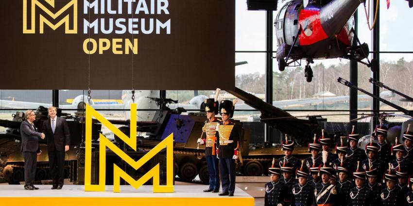 Koning Willem-Alexander opent Nationaal Militair Museum