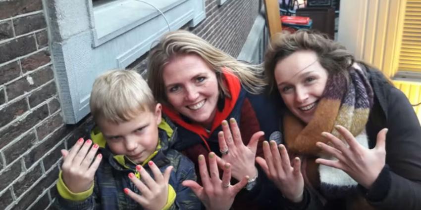Heel Holland lakt dankzij ongeneeslijk zieke Tijn