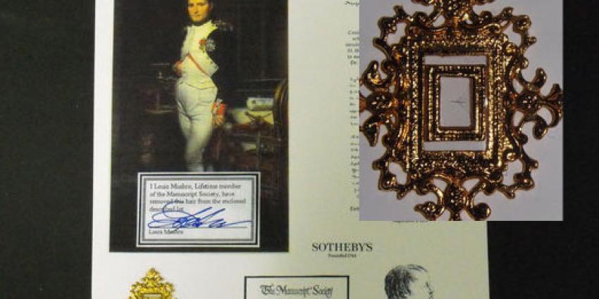 Haar van Napoleon te koop