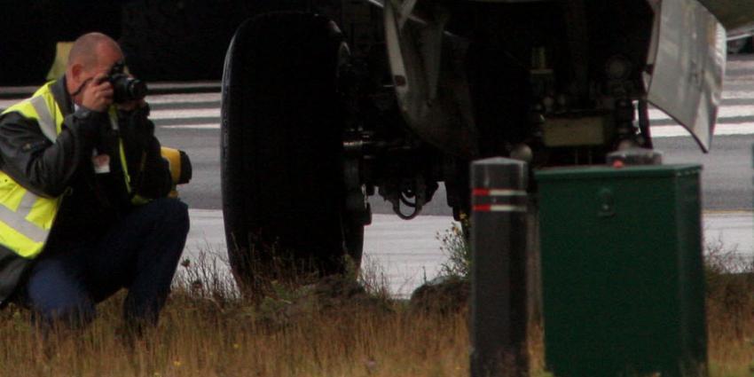 KLM-vliegtuig raakt van de baan na veilige landing