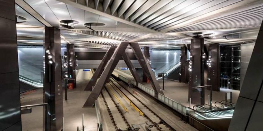 Bouw Noord/Zuidlijn is voltooid; metrostations en lijn klaar om proef te draaien