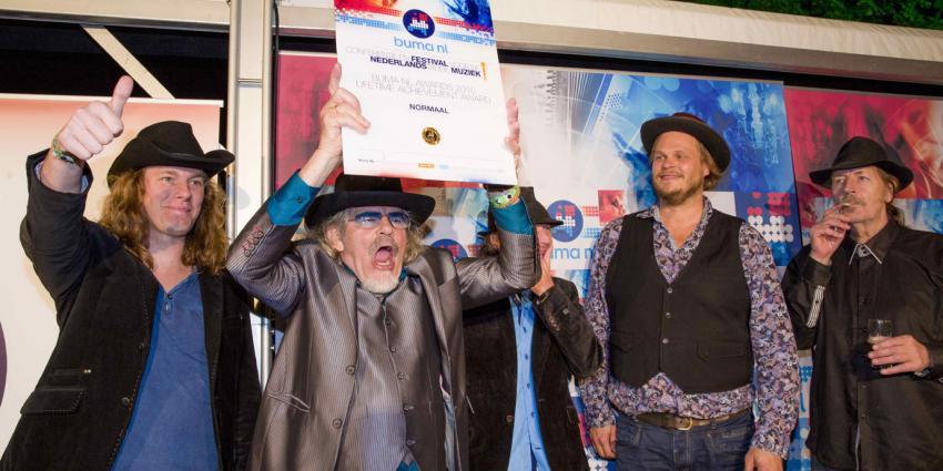 Nielson, Jan Smit en Normaal grote winnaars Buma NL Awards 2015