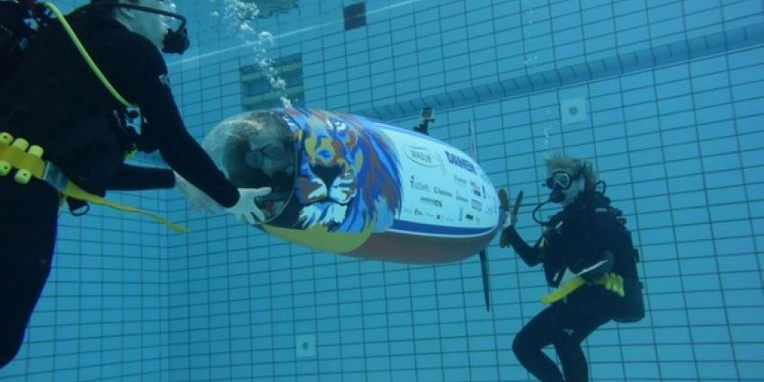 Studenten TU Delft breken wereldrecord mensaangedreven onderzeeeër