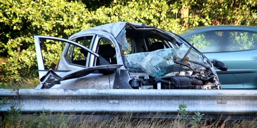 Foto van auto na ongeval A50 | Willy Smits | www.112journaal.nl
