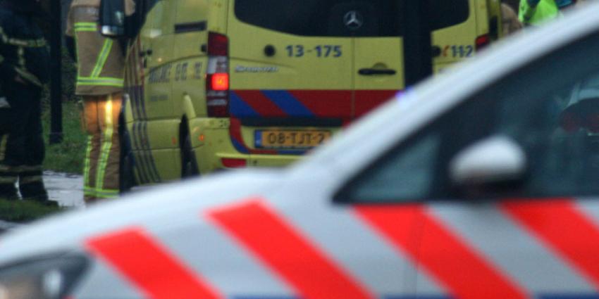 Automobilist ernstig gewond door afgebroken vrachtwagenwiel