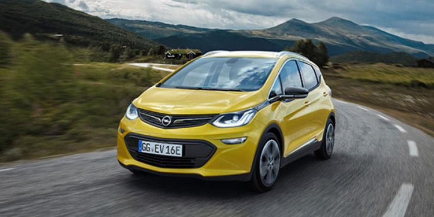 Opel Ampera-e rijdt ruim 400 kilometer op accupakket