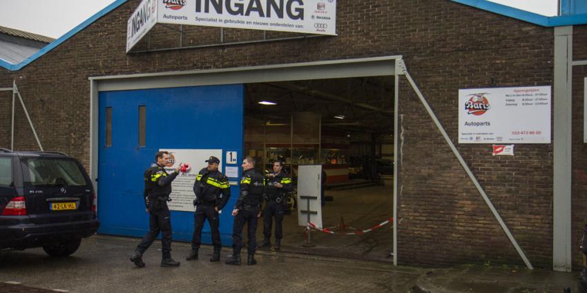 Autobedrijf Schiedam overvallen