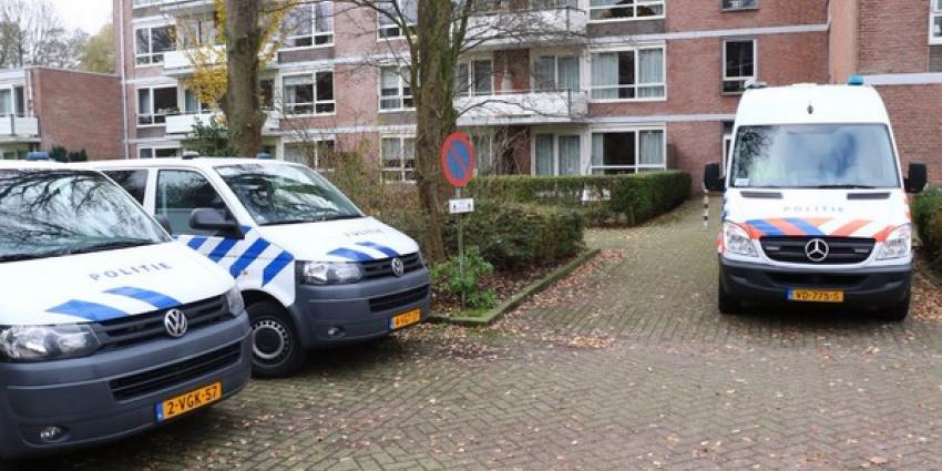Politie start grootschalig onderzoek naar overlijden vrouw Vlaardingen