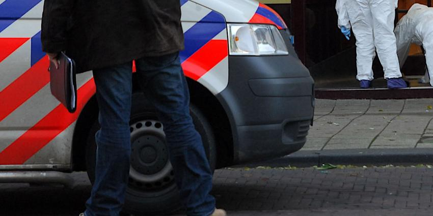 Bewoners gewond bij woningoverval in Volendam