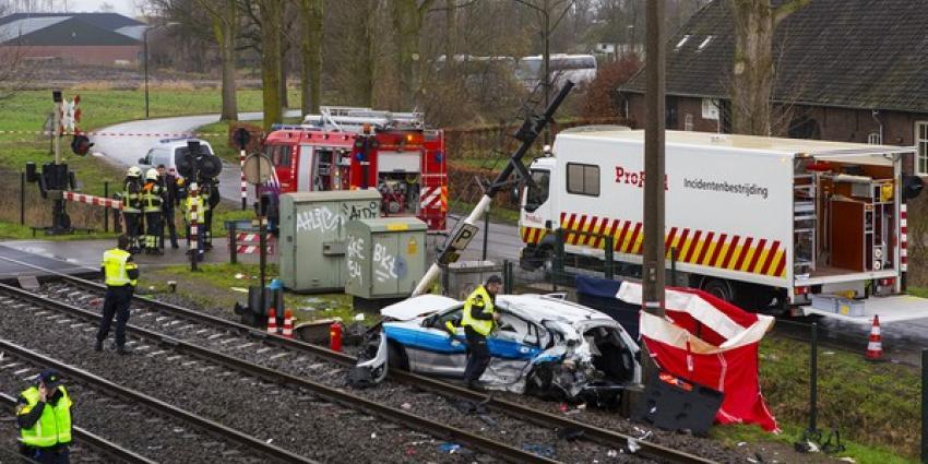 Dode bij ongeval op spoorwegovergang D'ekker in Boxtel