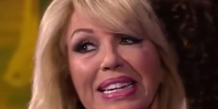 'Patricia Paay gaat flink geldbedrag eisen tegen verspreiders plasseksfilmpje'