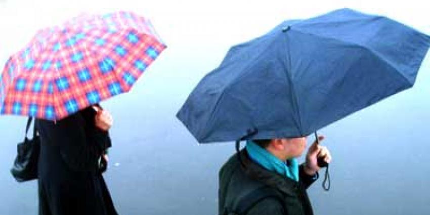 KNMI waarschuwt voor onweersbuien in noorden en oosten van het land