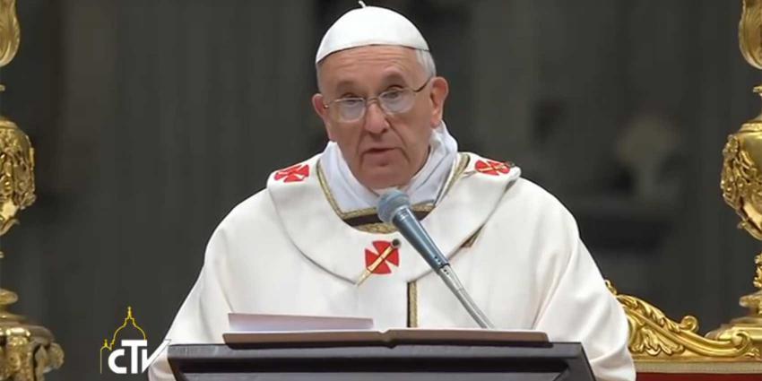 Paus roept op tot minder hebzucht en meer eenvoud
