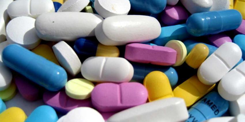 'Farmaceutische bedrijven betalen en bepalen nascholing artsen'