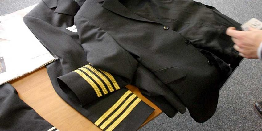 Nep-piloot krijgt werkstraf voor oplichten vrouwen datingsite