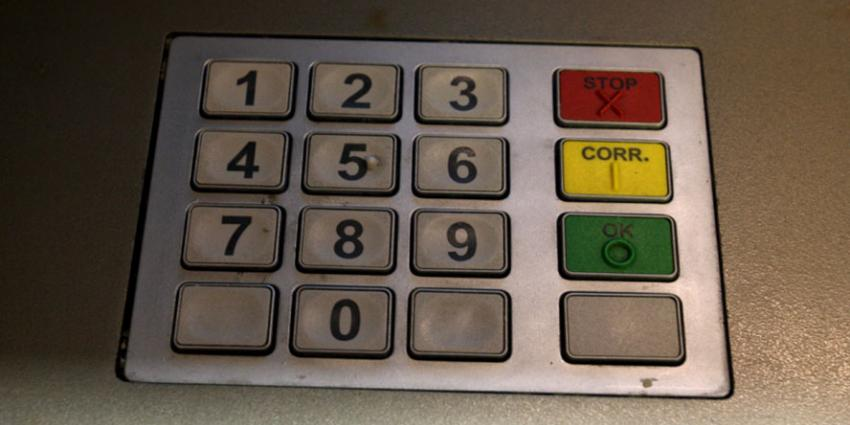 Nog maar vier procent van de Rabo-geldautomaten leeg door actie bij Brinks