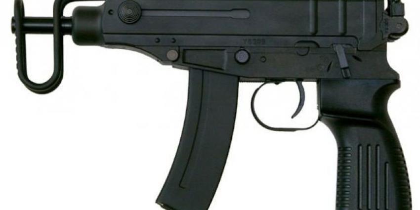 Twaalf jaar geëist voor met pistoolmitrailleur doodschieten man (24)