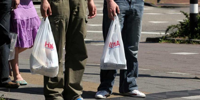 71 procent minder plastic tasjes over hun toonbank