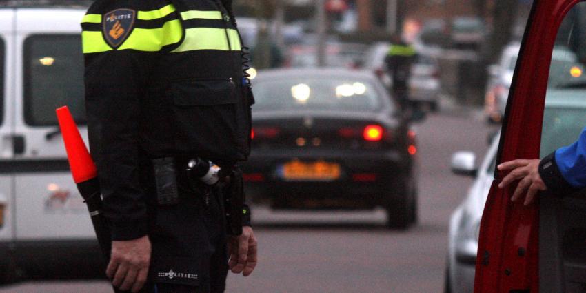 Man rijdt na ruzie in op plaatsgenoten in Roosendaal