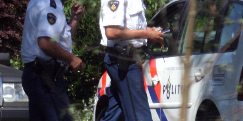 Klein jongetje met een wel heel grote snavel door politie aangehouden