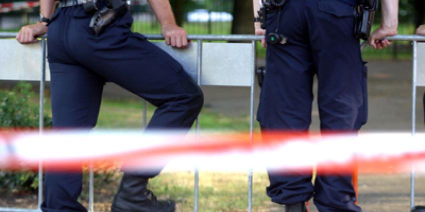 Foto van politie afzetting pistool | Archief EHF