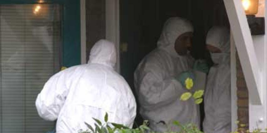 Dode vrouw in Amsterdams wooncomplex aangetroffen, drie mannen opgepakt