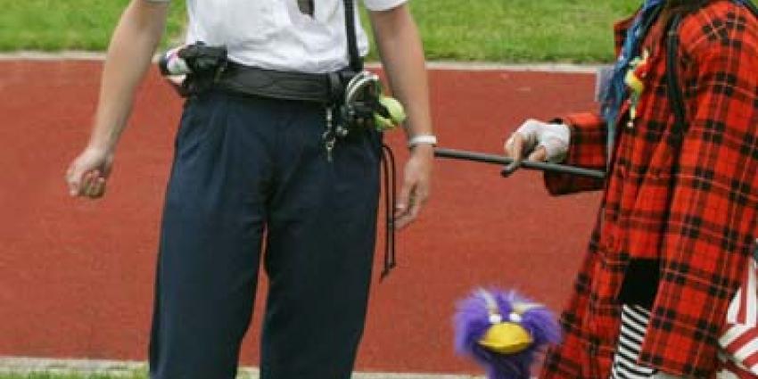 Foto van clown en politie | Archief EHF