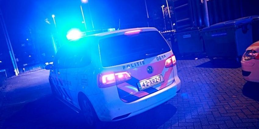Politieauto in het donker