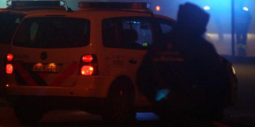 Ramkrakers crashen met vluchtauto in sloot