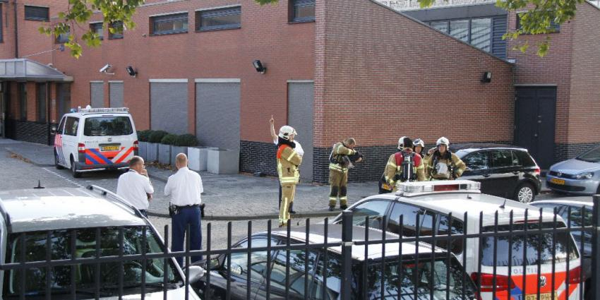 Brandweer bezoekt politiebureau om gaslucht