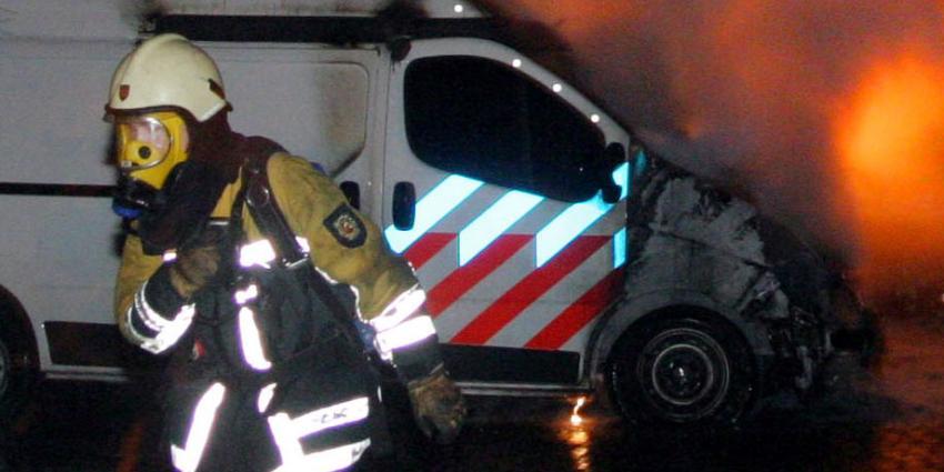 Politievoertuig in brand gestoken in Hillegom