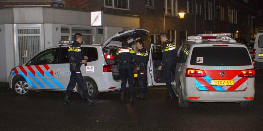 Huis in Vlaardingen omsingeld door politie na inbraakmelding