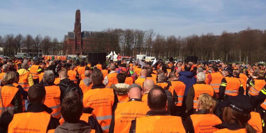 Ruim 1.000 politiemensen bij protest in Den Haag
