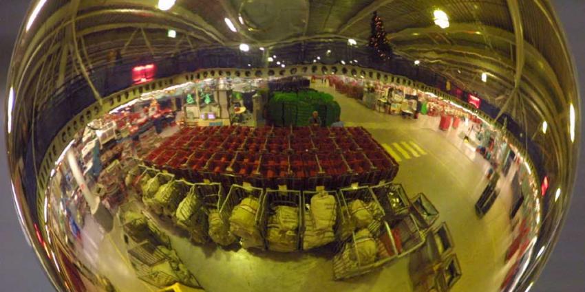 Prikacties medewerkers PostNL rond Sinterklaas en Kerst