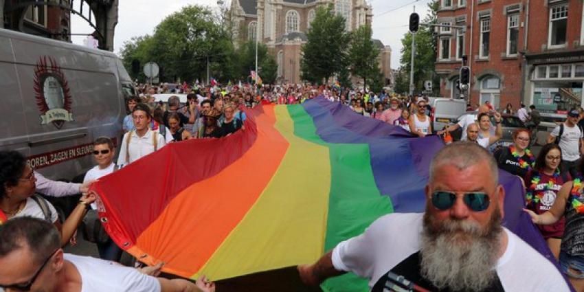 Pride 2018 barst los met Pride Walk naar Vondelpark