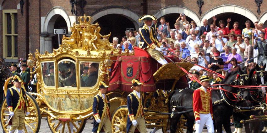 Rutte zwijgt over kosten restauratie Gouden Koets