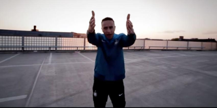 Geldboete geëist wegens beledigende teksten in rap van Bredase rapper