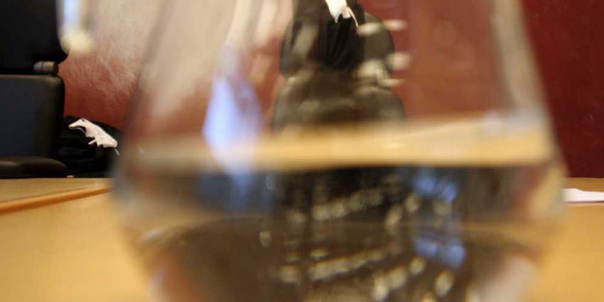 9 jaar cel geëist tegen vrouw die man doodsloeg met steigerhamer